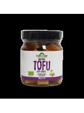 Органскo тофу со соја сос