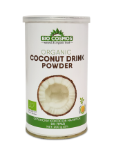 Органски кокосов напиток во прав